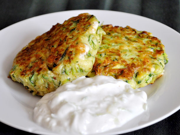 Kolokithokeftedes (Greek Zucchini Fritters) with Tzatziki ...