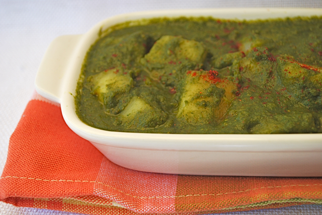 Aloo Palak (Potato and Spinach Curry) | KeepRecipes: Your Universal ...