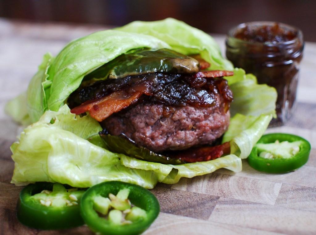 Paleo Quot Fuddruckers Quot Burger Keeprecipes Your Universal