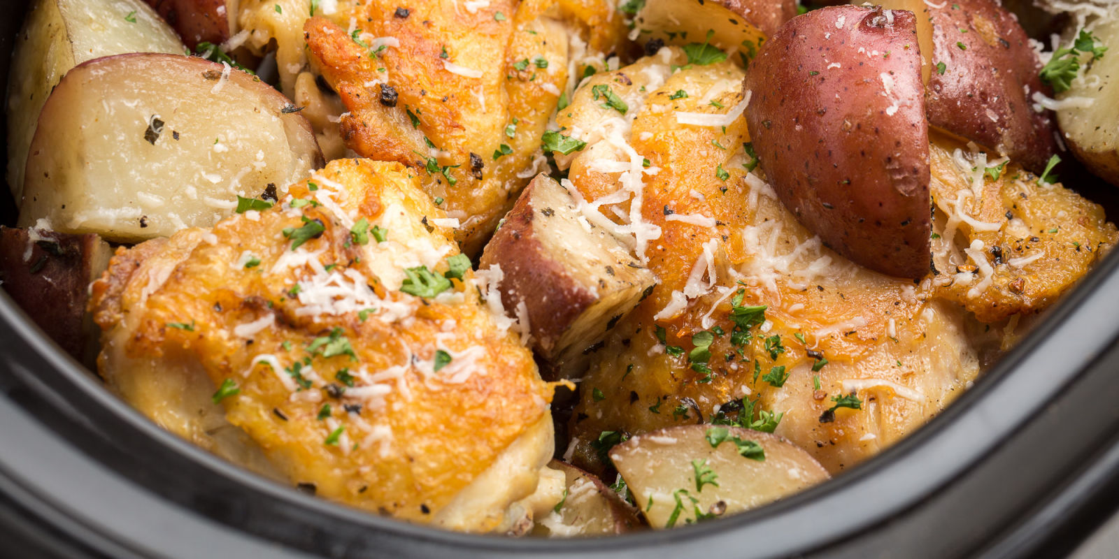 how to cook garlic prawns in cast iron pot