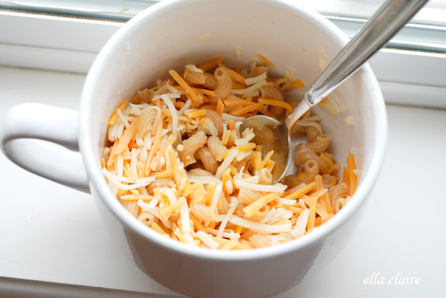 Microwave Single Serve Macaroni And Cheese In A Mug Keeprecipes Your Universal Recipe Box