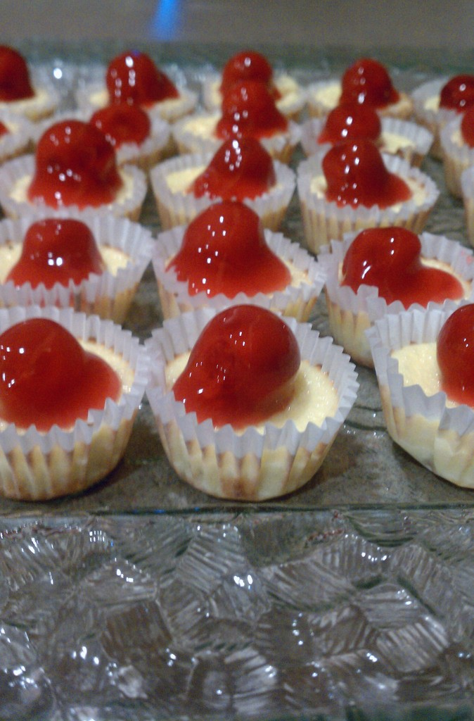 Delicious Mini Cheesecakes Keeprecipes Your Universal