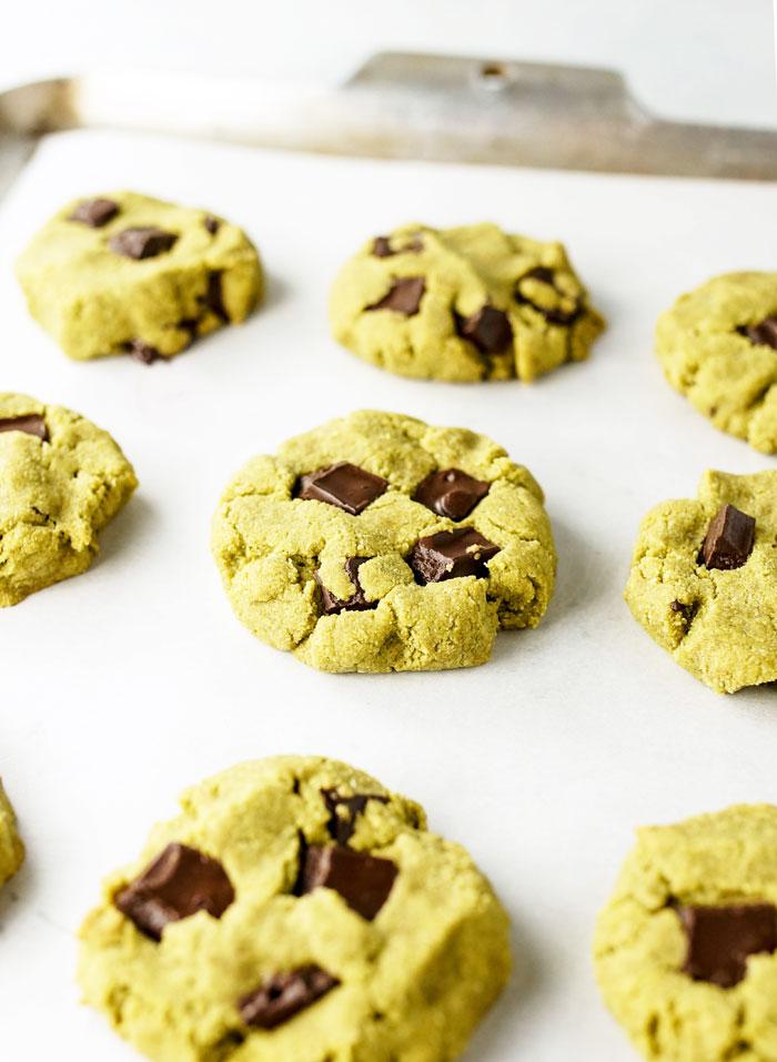 Paleo Chocolate Cookies Matcha Mint Chocolate ...