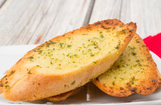Easy and Yummy Garlic Bread Recipe