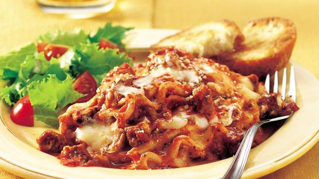 Slow Cooker Lasagna recipe from Pillsbury.com | KeepRecipes: Your ...