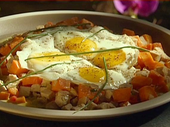 Emeril's Turkey and Sweet Potato Hash   KeepRecipes: Your ...