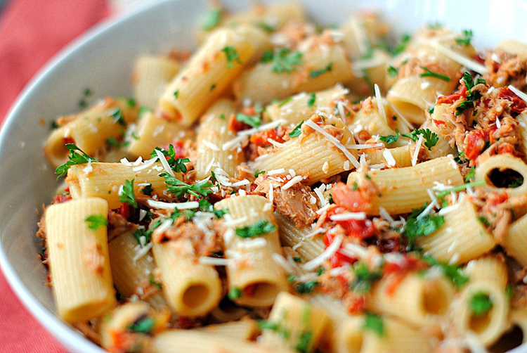 Tuna rigatoni with sun dried tomatoes keeprecipes your Tuna and philadelphia pasta