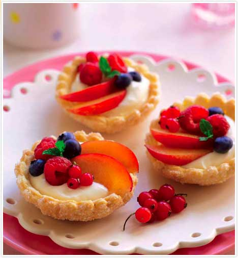 Individual Mixed Fruit Tarts Keeprecipes Your Universal