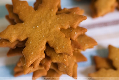 Pepparkakor (Swedish Christmas Ginger Cookies) | KeepRecipes: Your ...