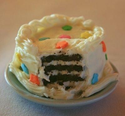 Sensational Tiny Birthday Cakes Keeprecipes Your Universal Recipe Box Birthday Cards Printable Opercafe Filternl