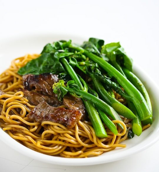Chinese Broccoli Beef Noodle Stir Fry | KeepRecipes: Your Universal ...