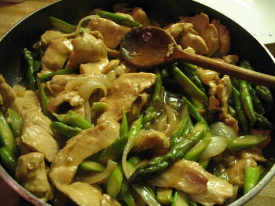 Chicken and Asparagus Stir Fry | KeepRecipes: Your Universal Recipe ...