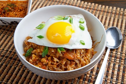 Kongnamul Bap (Korean Beansprout Rice Bowl) | KeepRecipes ...