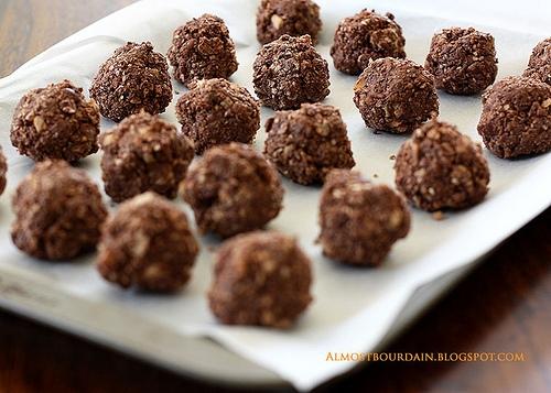 Homemade Ferrero Rocher (Chocolate Hazelnut Balls)   KeepRecipes ...