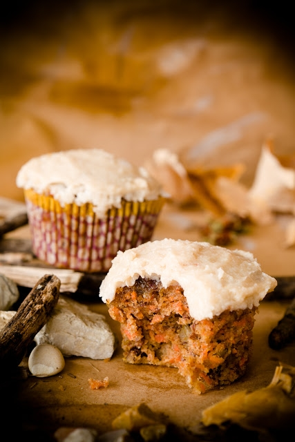 Paleo Diet Carrot Cupcakes (Gluten-free and Dairy-free) | KeepRecipes ...