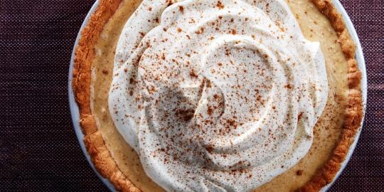 Pumpkin Icebox Pie With Snickerdoodle Crust recipe | KeepRecipes: Your ...