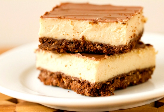 Chocolate & Peanut Butter Cheesecake Bars | KeepRecipes: Your ...