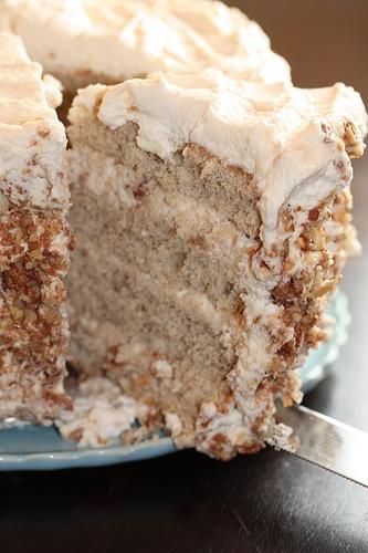 Banana Cake W Praline Filling Amp White Chocolate Ganache