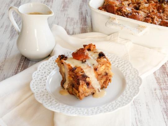 Challah Bread Pudding with Kahlua Cream Sauce Recipe | KeepRecipes ...