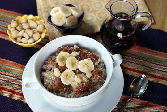 Overnight, Slow Cooker, Banana & Coconut Milk Steel-Cut Oatmeal ...