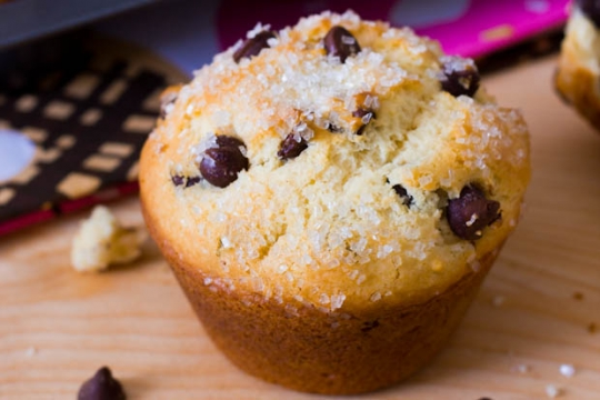 bakery-style chocolate chip muffins. | KeepRecipes: Your Universal ...