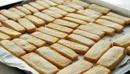 Shortbread bbc food keeprecipes your universal recipe box see original recipe at bbc forumfinder Choice Image