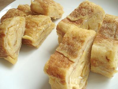 Tamagoyaki or Atsuyaki Tamago, Japanese sweet omelette | KeepRecipes ...