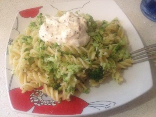 Broccoli spiral pasta with chilli ricotta   KeepRecipes ...