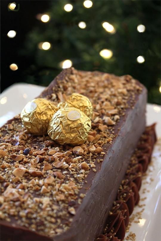 Ferrero Rocher Cake for New Years – Milk Chocolate with Hazelnuts # ...