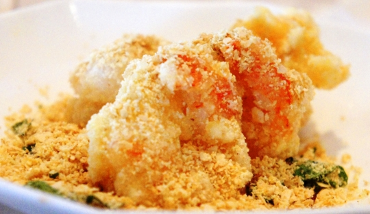how to make butter spoted prawns