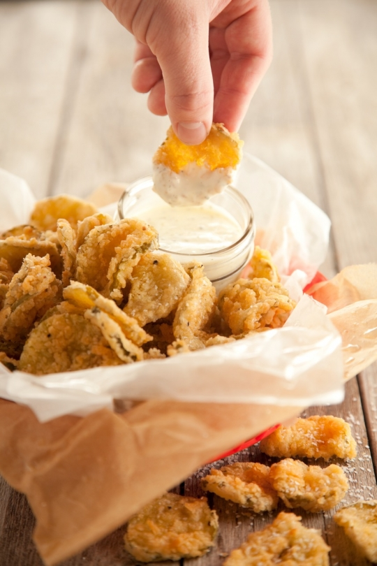 Fried Dill Pickles-Paula Deen | KeepRecipes: Your Universal Recipe Box