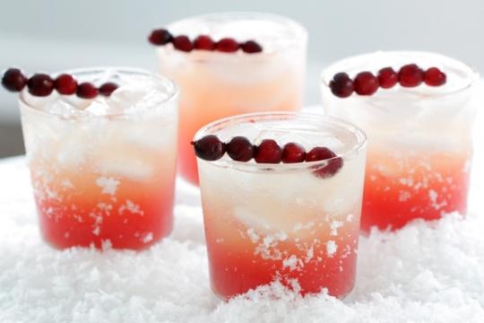 Cranberry Vanilla Vodka Cocktail Keeprecipes Your