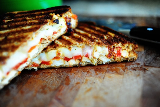 Grilled Chicken And Roasted Red Pepper Panini Keeprecipes
