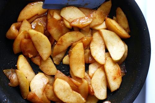 Lemon Ricotta Pancakes With Sauteed Apples Keeprecipes Your