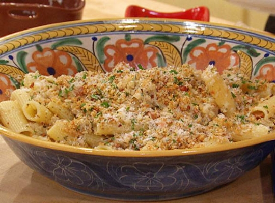 Rigatoni with Cauliflower Sauce and Toasted Garlic Breadcrumbs Recipe ...