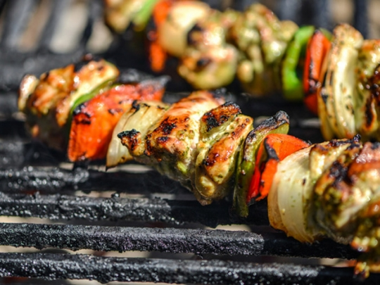 Cilantro-and-Lime Marinated Chicken Fajita Kebabs | KeepRecipes: Your ...