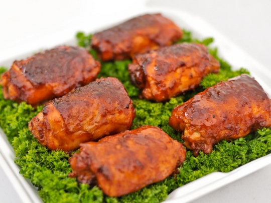 Competition-Style Barbecue Chicken Thighs | KeepRecipes: Your ...
