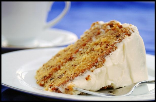Banana cake recipes with cream cheese frosting