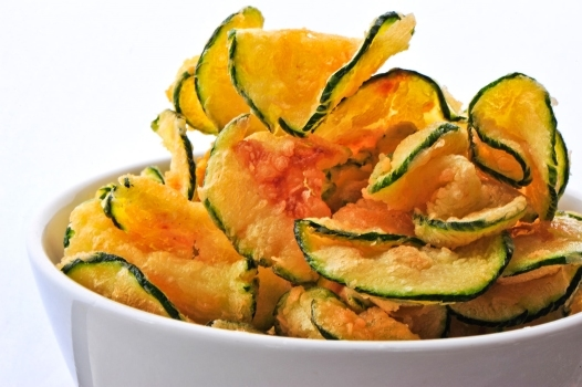 Baked zucchini chips with paprika and sea salt | KeepRecipes: Your ...