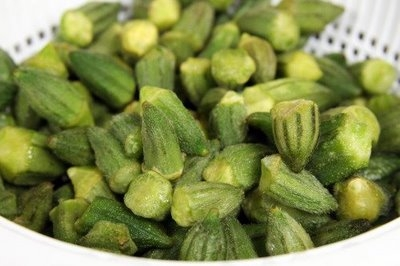 how to cook okra in a skillet
