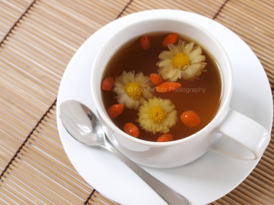 Chrysanthemum And Wolfberry Tea 菊花枸杞茶 Keeprecipes Your Universal Recipe Box