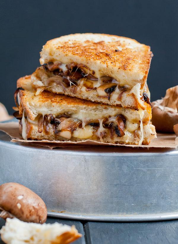 Gourmet Mushroom Grilled Cheese Sandwich | KeepRecipes ...