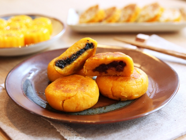 Red Bean Amp Sesame In Sweet Potato Cake Keeprecipes Your